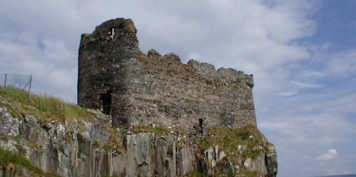 Schots kasteel uit Middeleeuwen beklad met eeuwenoude