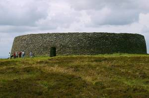 Het fort Griahan of aileach in Donegal.