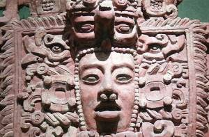Maya masker in het National Museum of Anthropology in Mexico City.